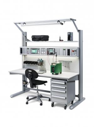 Calibration training bench